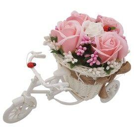 "Aranjament floral trandafiri ""Bicicleta cu flori zambarete"", flori de sapun, 22x15x12 cm"